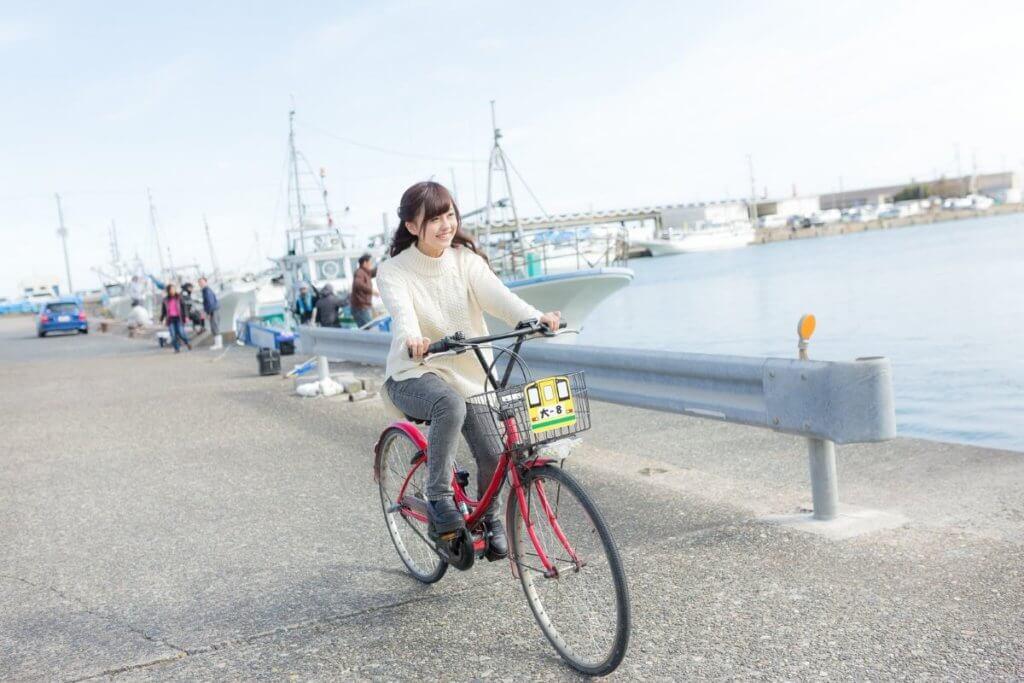 熊本でレンタサイクルに乗って配達する